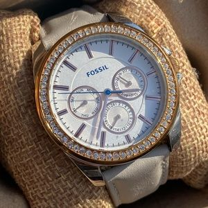 Fossil Watch Medium Size Pre Loved